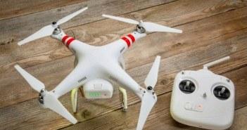 Drohne mit Bedienung