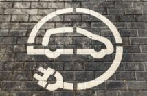Elektroauto Markierung Straße