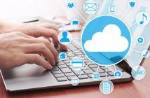 Laptop überschrieben von einem Cloud Piktogramm